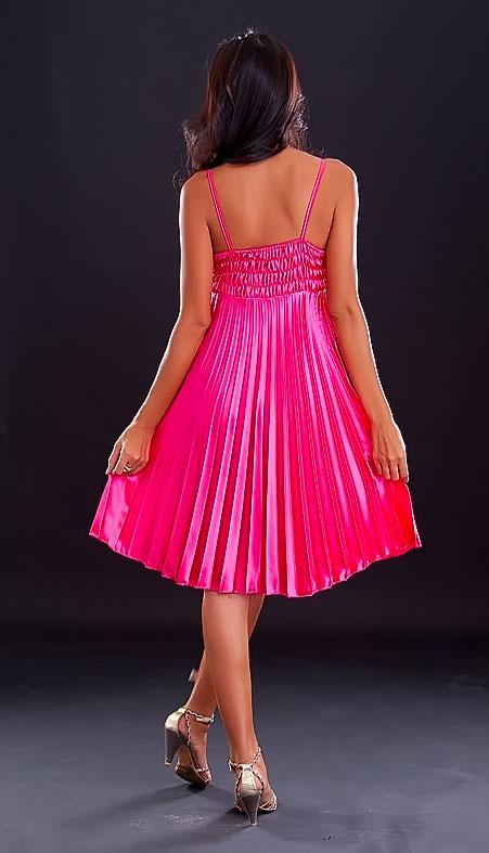 růžové plisované saténové šaty - vampire 09d1cddd9a3